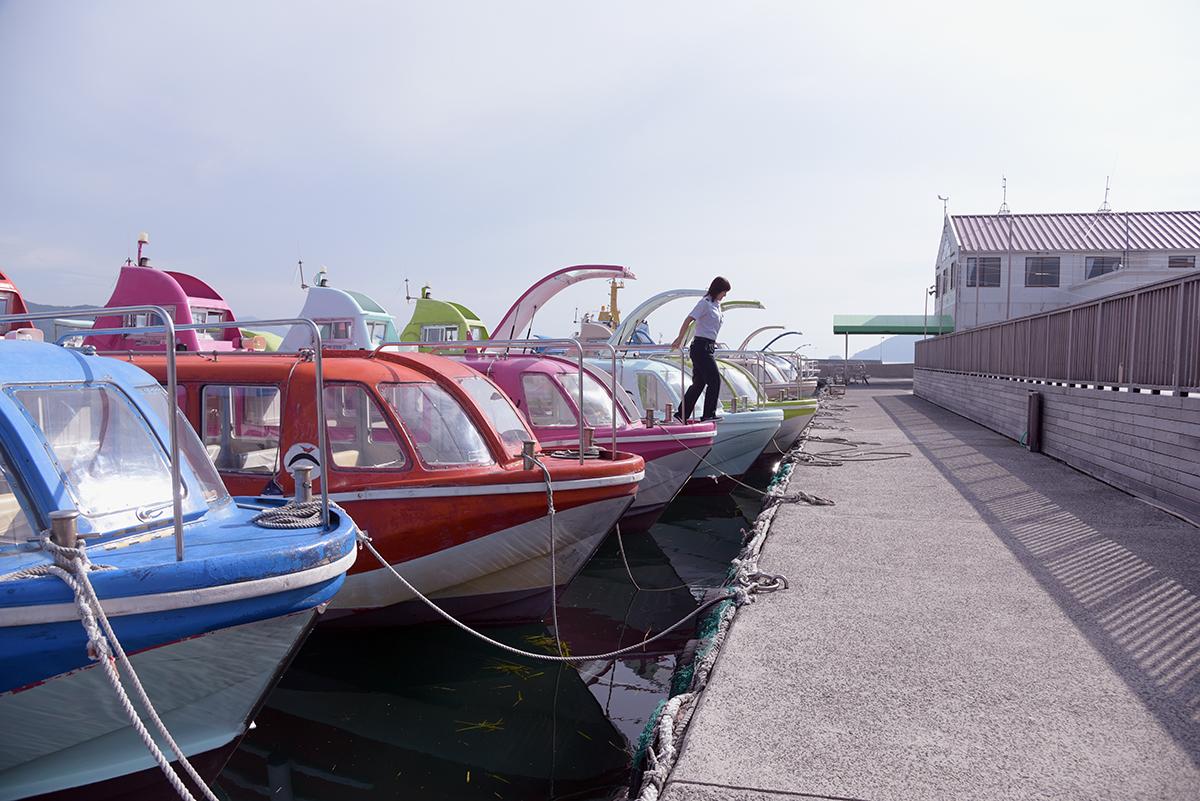 青海島観光汽船に所属するイルカ船たち